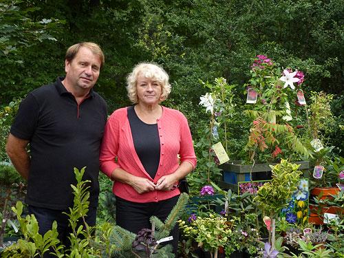 Bernadetta iJan Kubeccy zajmujący się ogrodami